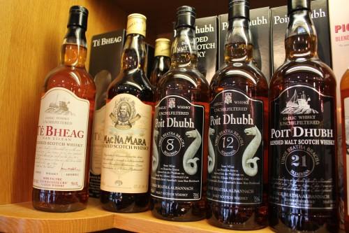 whisky-te bheag macnamara poit dhubh